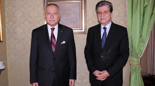 Ekmeleddin Ihsanoğlu'ndan Papa'ya Tarihi Ziyaret