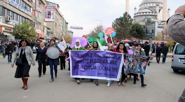 Elaziğ Ve Bingöl'de Kadina Şiddet Protestosu