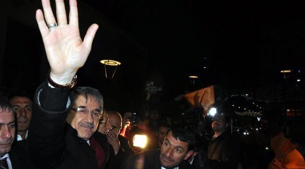 Elazığ'da Ak Parti Belediye Başkanlığı'nı Kazandı (2)