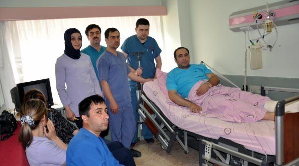 Elazığ'da Hasta Ölünce, Yakınları Doktoru Dövdü