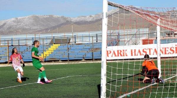 Elibol Sandiklispor - Darica Gençlerbirliği: 0-0