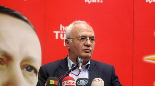 Elitaş: Cumhurbaşkanlığı İçin Kılıçdaroğlu Apolet, Bahçeli Erdoğan'ı Tarif Ediyor