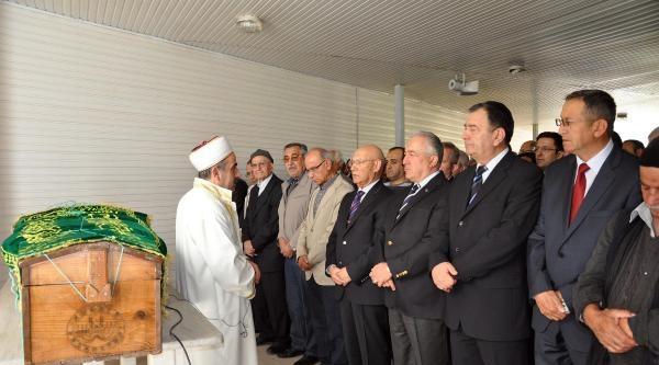 Emekli Orgeneral Türkeri, Eniştesinin Cenazesine Katıldı