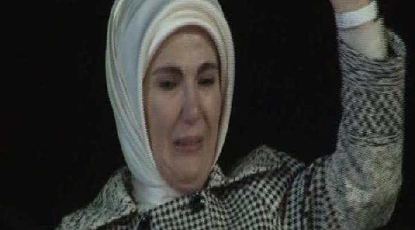 Emine Erdoğan'in Gözyaşlari