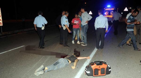 Emniyet Kemeri Takmayan Sürücü Aracı Takla Atınca Öldü