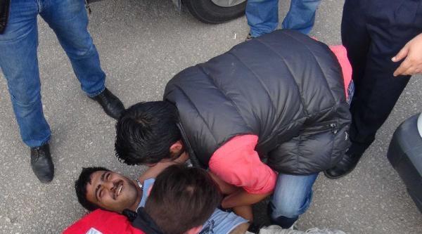 Emniyet Müdürü Uyuşturucu Baskını Yapılan Mahallede Davul- Zurna İle Karşılandı