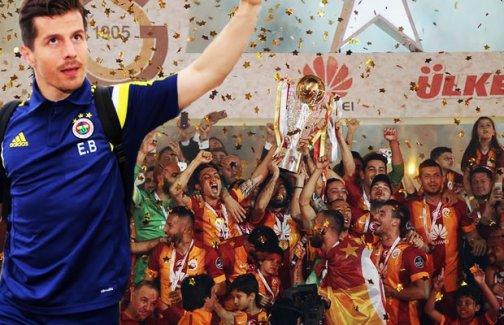 Emre Belözoğlu'dan Arena'ya telefon