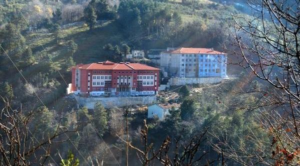 En Başarili Liseye Otel Konforunda Pansiyonlu Okul