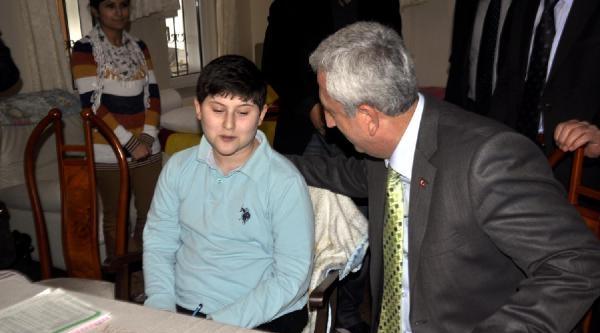 Engelli Öğrenci, Ortak Sinava Evinde Girdi