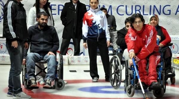 Engelliler Curling Takimi Kurdu