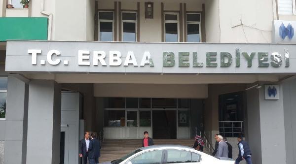 Erbaa Belediyesi'ne Tc'li Tabela Asıldı