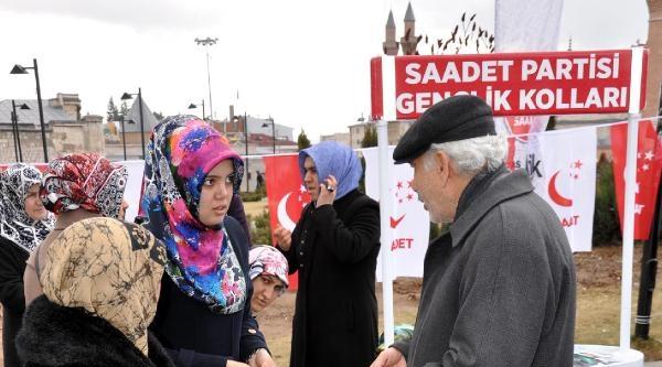 Erbakan Sivas'ta Anıldı