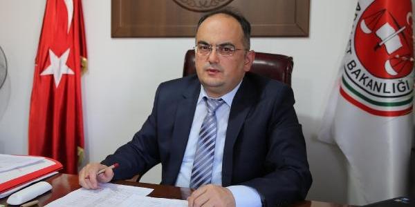 Erciş Cumhuriyet Başsavcisi: 82 Deprem Soruşturmasi Yapildi