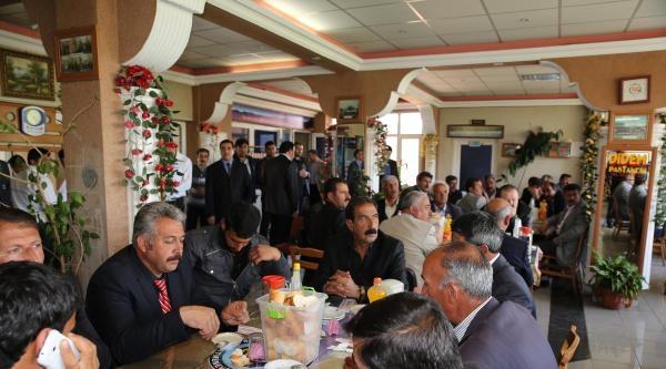 Erciş'te Muhtarlarla İstişare Toplantısı