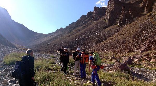 Erciyes Tırmanışında Amatör Dağcının Kolu Kırıldı