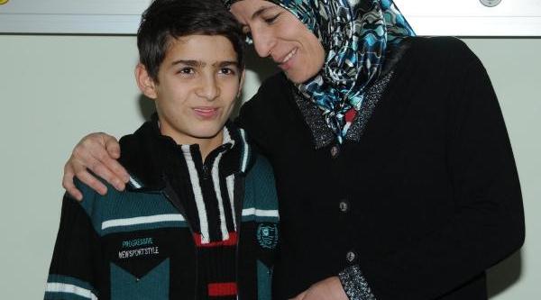 Erciyes Üniversitesi Çocuk Kardiyoloji'Den Başarili 2 Operasyon