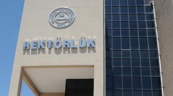 Erciyes Üniversitesi'nde 'servis' Tepkisi