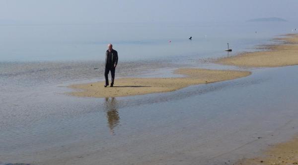 Erdek'te Denizin Çekilmesi Korkuttu