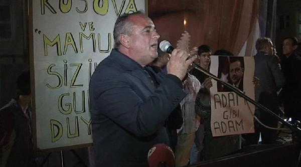 Erdoğan, Ak Parti'nin Başarısını Kutlayan Mamuşalı Türklere Cep Telefonundan Seslendi