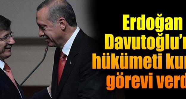 Erdoğan, Davutoğlu'nu hükümeti kurmakla görevlendirdi