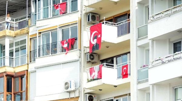 Erdoğan: İnzivaya Çekilmiş, Alüfteleri Takip Ediyor- Ek Fotoğraflar