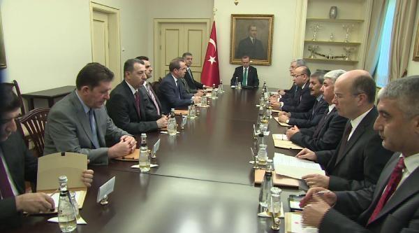 Erdoğan, Irak Türkmen Cephesi Yürütme Kurulu Üyelerini Kabul Etti