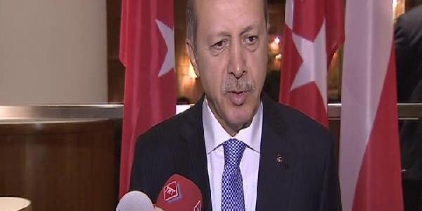 Erdoğan, Trabzonsporlu Futbolculari Tebrik Etti