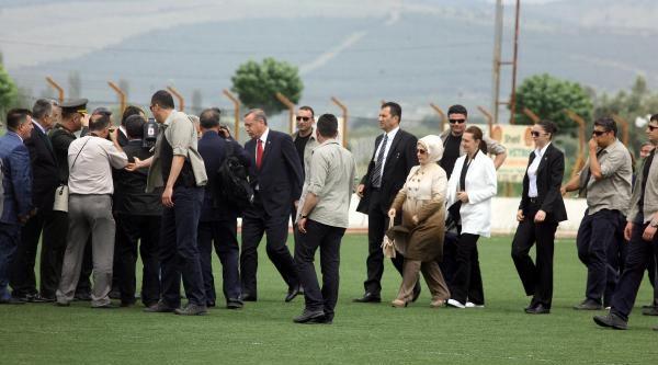 Erdoğan'dan Madenci Ailelerine Sürpriz Ziyaret- Fotoğraf