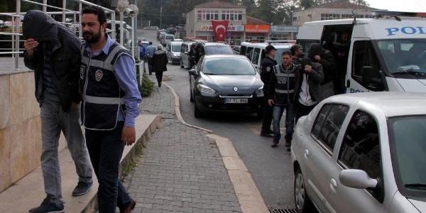 Ereğli'de Uyuşturucu Operasyonu: 15 Gözalti