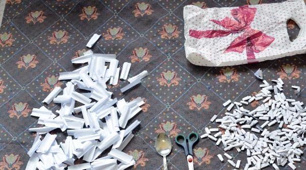 Eroin Satıcıları Polise Taşla Saldırdı
