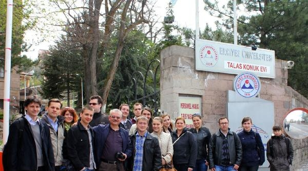 Erü İle Macaristan Debrecen Üniversitesi Arasında Dostluk Köprüsü