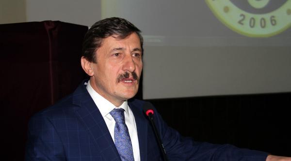 Erzincan Üniversitesi Rektörü Seçimde İlksirayi Aldı