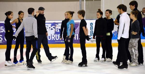 Erzurum, Buz Sporlarında Uluslararası Kamp Merkezi Oldu