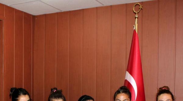 Erzurum Ve Ağrılı Öğrenciler Dünya Şampiyonu