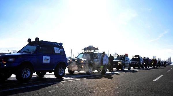 Erzurum'da Ilk Kez Off-Road Gösterisi Yapildi