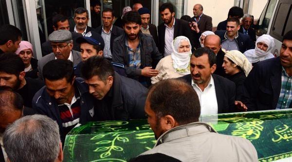 Erzurum'daki Kazada Ölü Sayısı 7'ye Çikti- Ek Fotoğraf