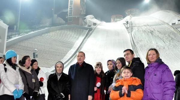 Erzurum'un Sembolü Olan Kayakta Atlama Kulelerinin Pistleri Göçtü (2)