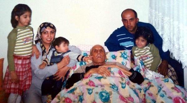 Eşini 16 Yerinden Biçaklayarak Öldüren Koca: Pişmanim