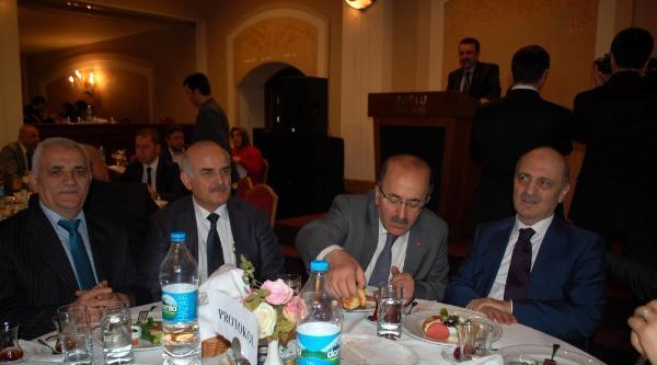 Eski Bakan Bayraktar Trabzon'da
