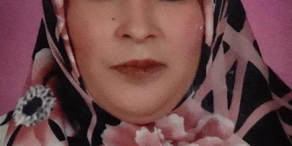 Eski Eşi Tarafindan Öldürülen Kadin Toprağa Verildi