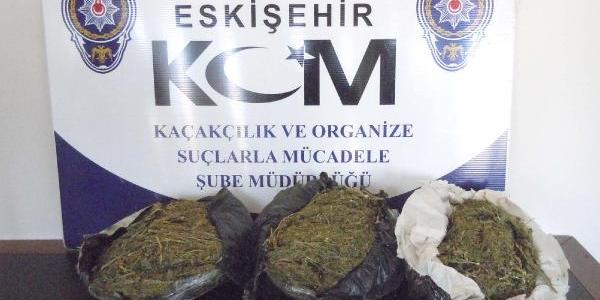 Eskişehir'de 7.5 Kilo Esrar Ele Geçirildi
