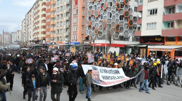 Eskişehir'de Başbakan'ı Protesto Yürüyüşü: 100'de Fazla Gözaltı Var