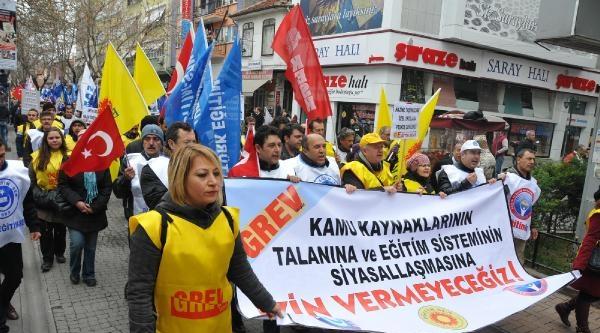 Eskişehir'de Eğitimciler Yürüdü