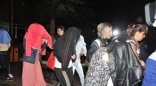 Eskişehir'de Fuhuş Operasyonu: 11 Kadın Gözaltına Alındı