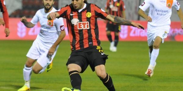 Eskişehirspor-Alanyaspor: Maç Fotoğraflari