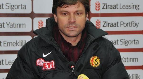 Eskişehirspor-Belediye Vanspor Maç Sonrasi Soyunma Odasi