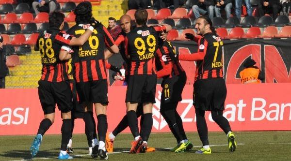 Eskişehirspor - Fethiyespor (Türkiye Kupasi)  Fotoğraflari