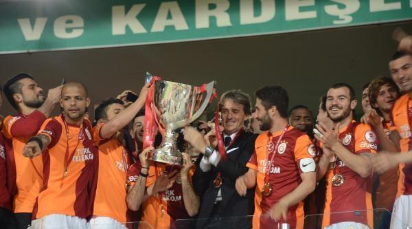 Eskişehirspor- Galatasaray Maçı Fotoğrafları