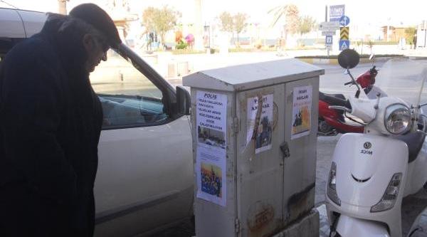 Esrarengiz Afişlerde 'polisin Özlük Hakki' Tepkisi