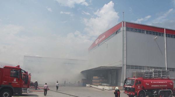 Ev Mobilyası Dolu Depoda Yangın